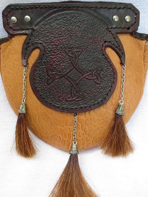 Sporan with horsehair tassels