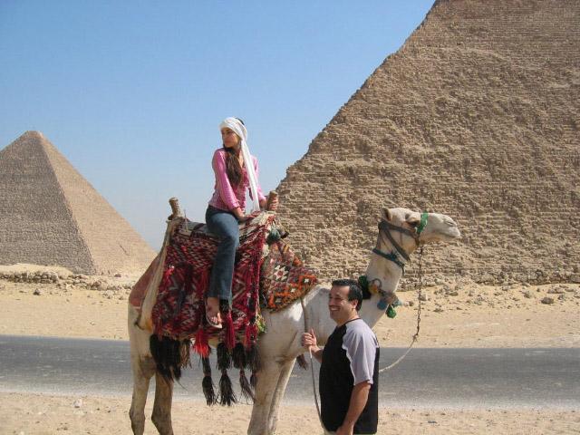 Issam_Sonia_Pyramids.jpg