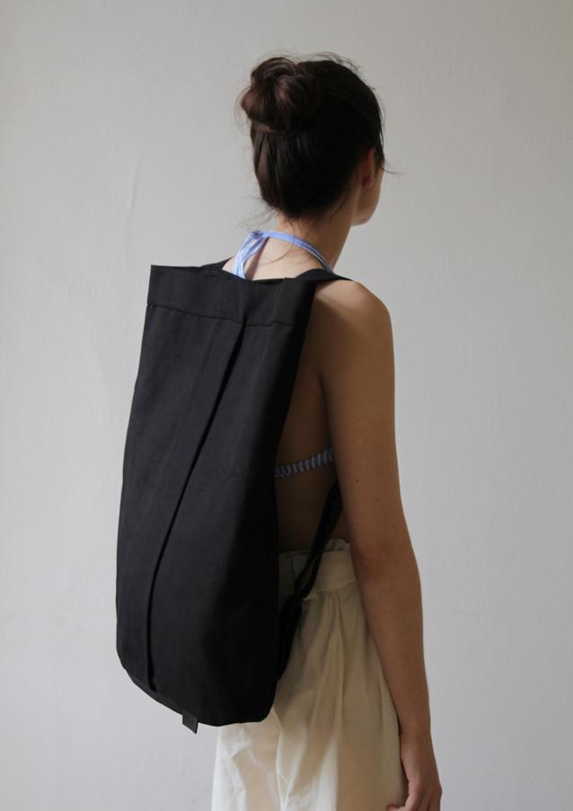 Unisex AV Backpack M