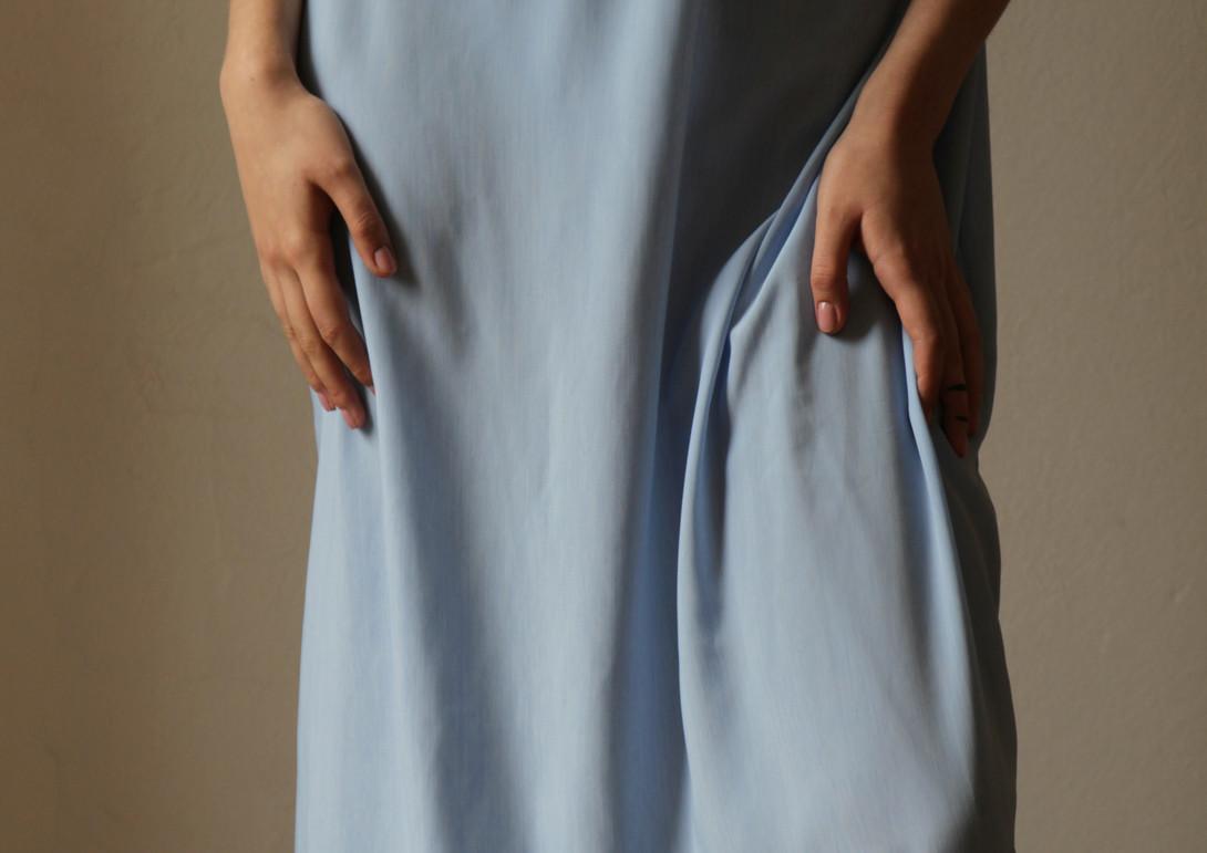 AV baby blue večerní šaty