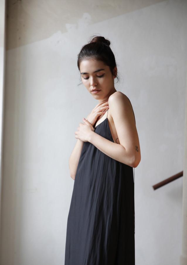 AV dress Grey SIlk 18