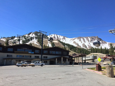 Day 45: CS871 to Mammoth-Reds Meadow (10.7 miles - 906.6)