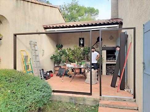 veranda toiture en verre 83470
