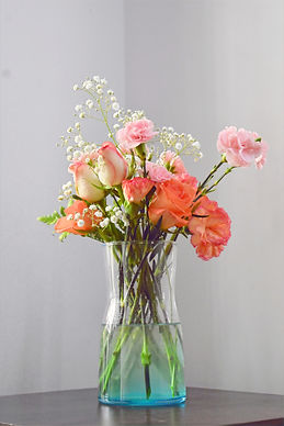 Learn to style your flowers like a pro
