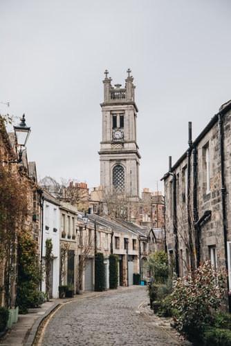 Beauitufl Edinburgh Streets Scotland Wan
