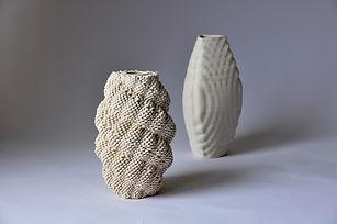 two_vases.jpg