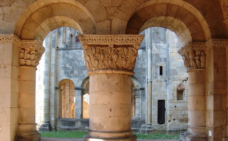 Abbaye de la Sauve Majeur environs de La Sauternaise_edited