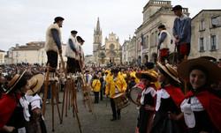 folklore_fête_boeufs_gras_bazas_proche_de_La_Sauternaise_edited