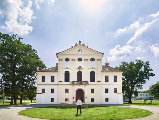 Schloss Kirchstetten außen