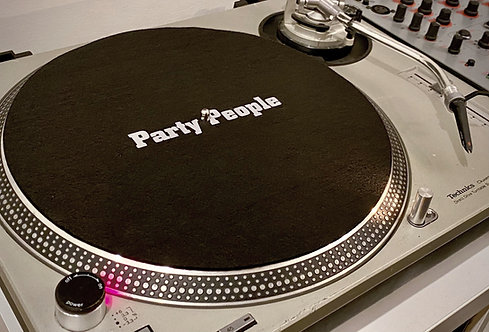 Party People Slip Mat