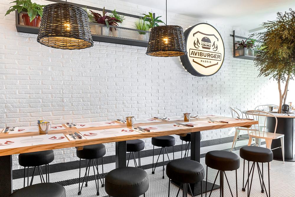 AviBurger, restaurante recomendado en Madrid por www.madridmeenamora.com