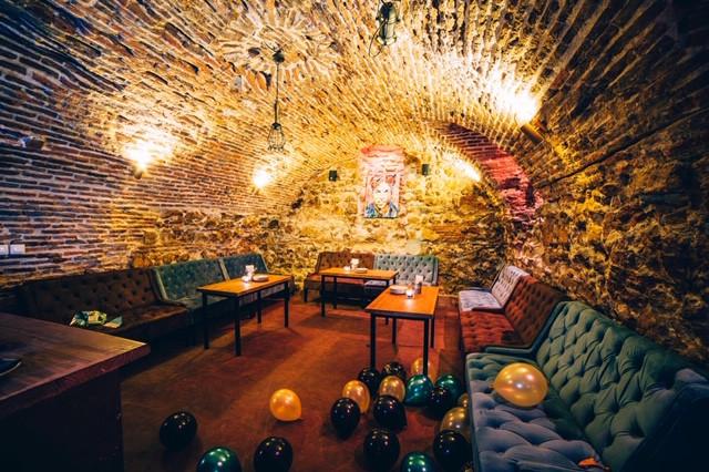 El restaurante Amicis cuenta con un reservado abovedado precioso.