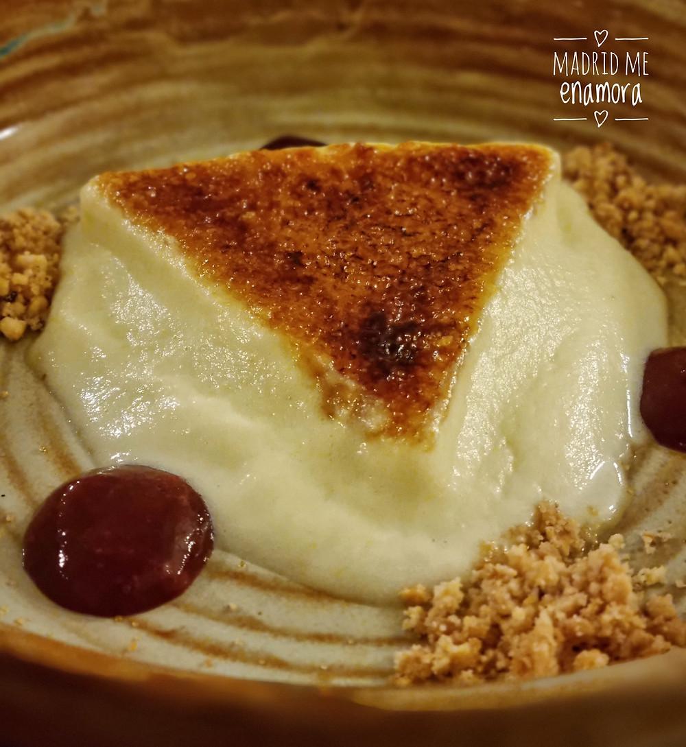 El sabor y la textura e la tarta de queso de Mano de Santa es increíble.