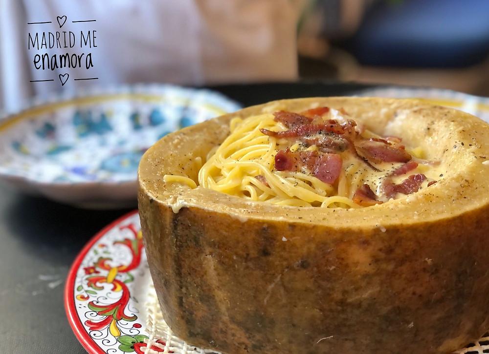 Los spaguettis con guanciale en queso pecorino son un plato espectacular.