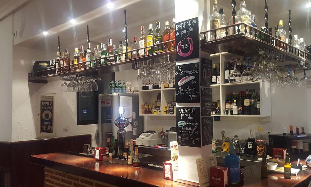El Botiquín, taberna recomendada en Madrid por www.madridmeenamora.com
