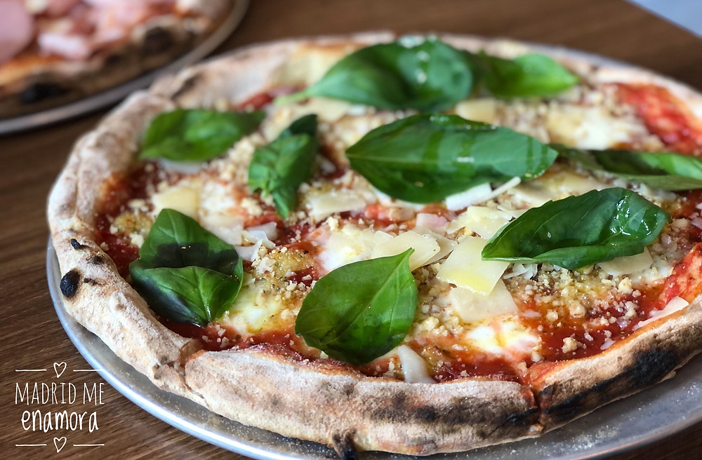 El sabor de la pizza Raw Pesto te conquistará. ¡Está brutal!