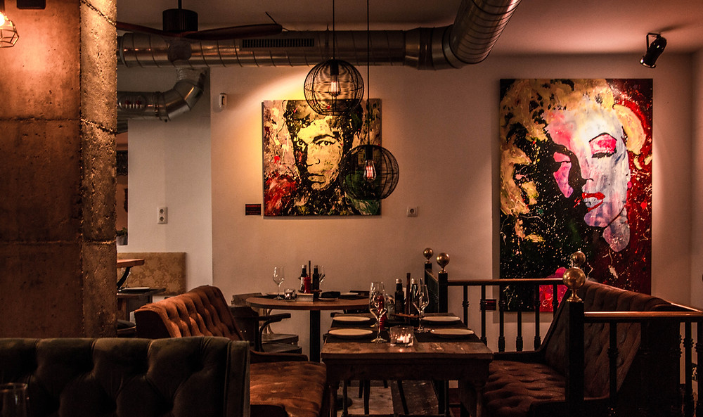 Interior del restaurante Amicis.