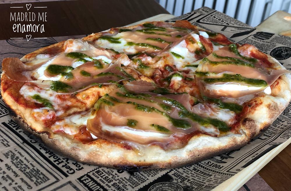 Pinsa Pizza, restaurante recomendado en Madrid por www.madridmeenamora.com