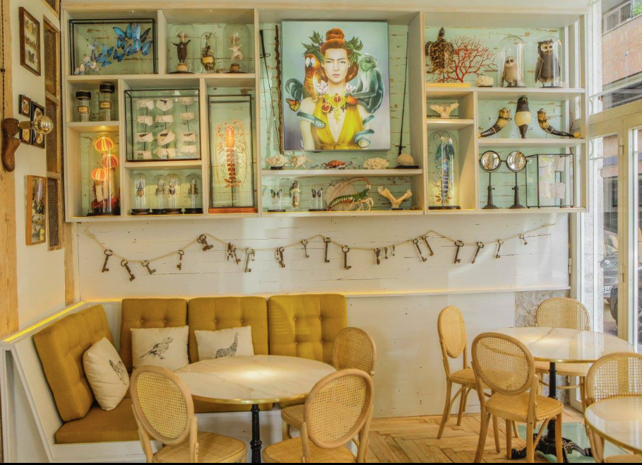 Raro Rare, restaurante recomendado en Madrid por www.madridmeenamora.com