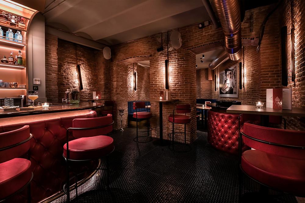 El CLANdestino es un espacio ideal para disfrutar de una copa tranquilamente.