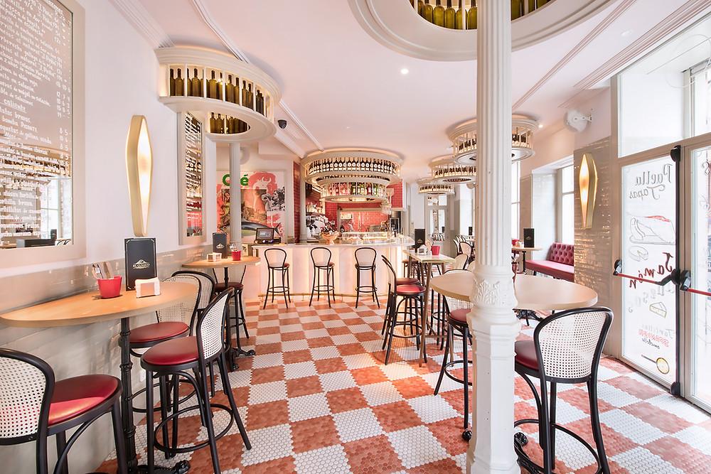 La taberna de El Clásico es un lugar que invita a disfrutar del tapeo madrileño.