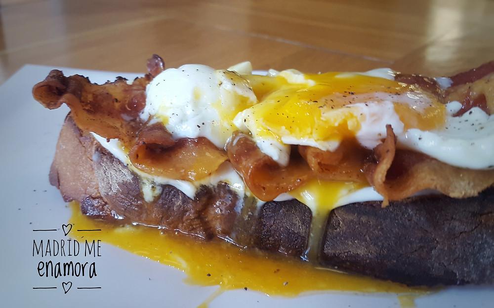 Comestibles La Fábrica, restaurante recomendado en Madrid por www.madridmeenamora.com