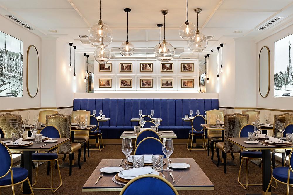 El comedor del restaurante Gastrovía 61 es muy acogedor.