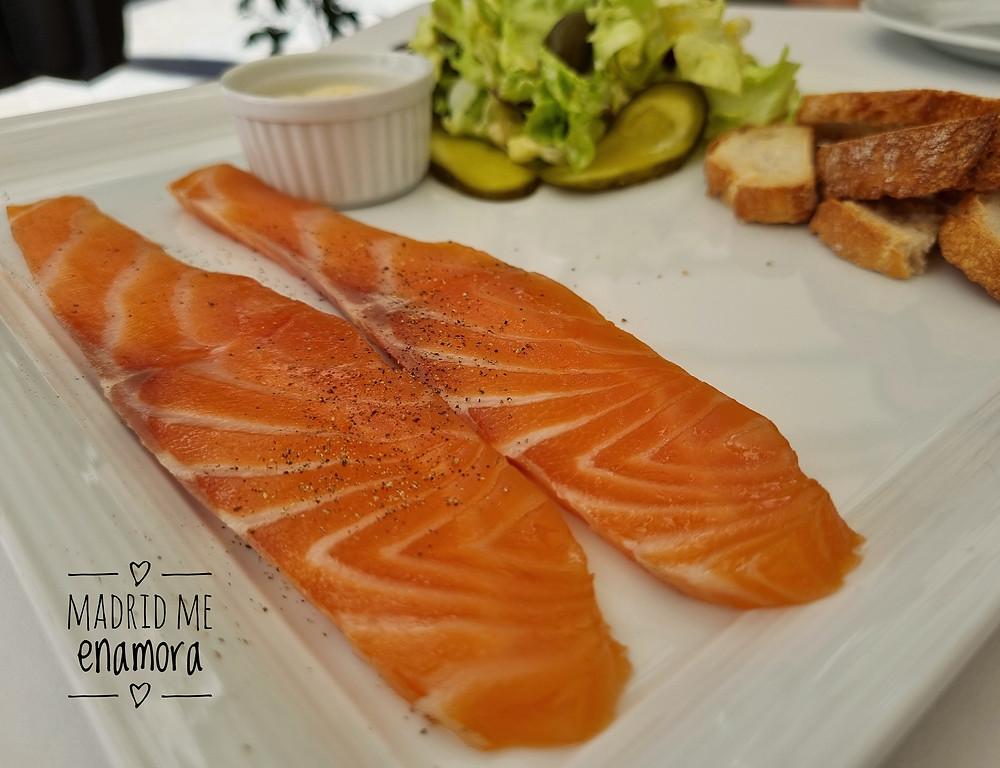 El salmón ahumado casero de Zaga nos encantó.