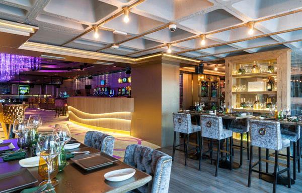 V Club feat Arola, restaurante recomendado en Madrid en www.madridmeenamora.com