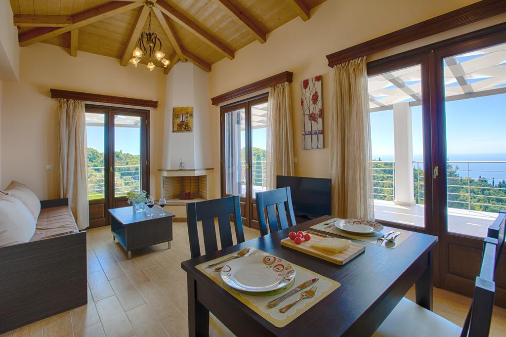 Drimonas villas 30.jpg
