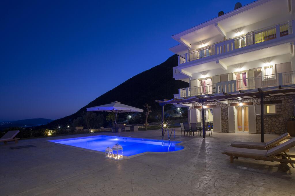 Villa Ventalia Nikiana Exterior Evening
