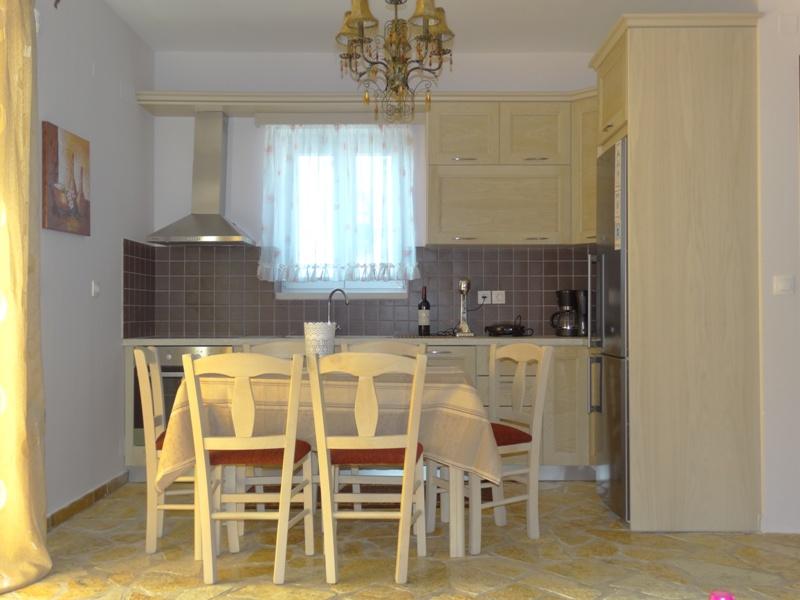 Alseides Villas II Kitchen.jpg