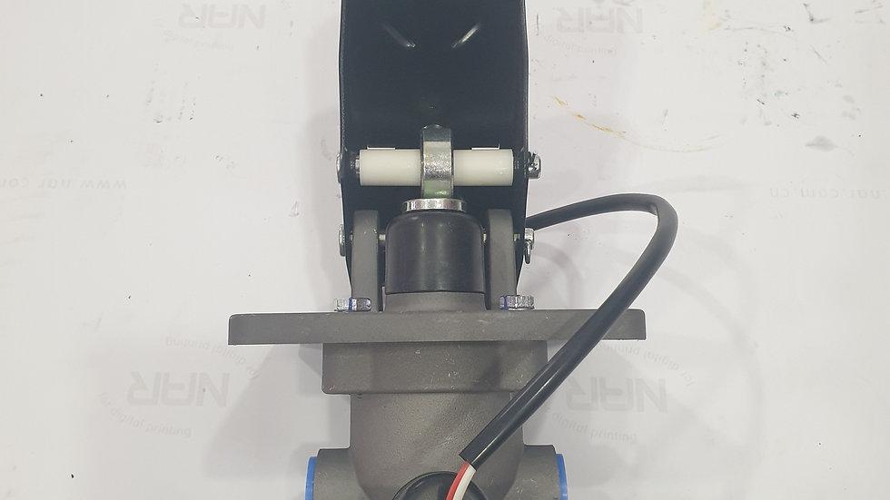 Педаль тормоза с клапаном