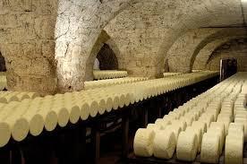 les caves de Roquefort.jpg