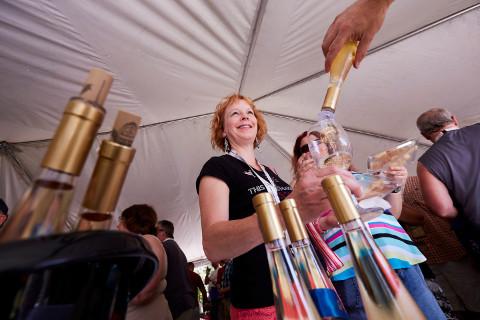 Sampling at Wine Fest-02_480px.jpg