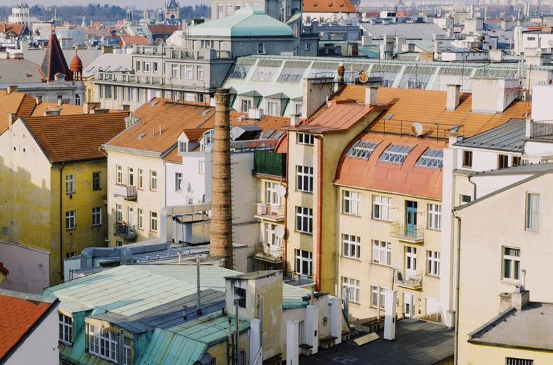 Polina-Shubkina-Prague-Roofs-Photos-004.