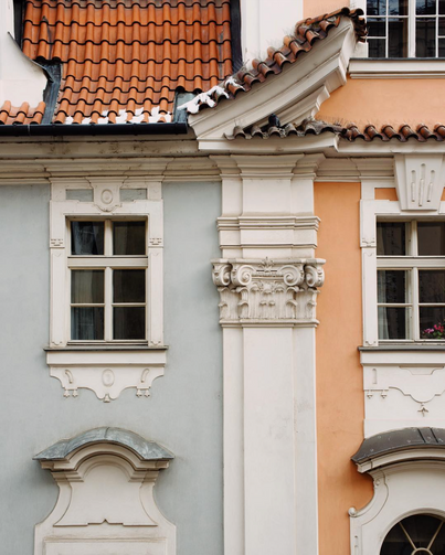 Polina-Shubkina-Prague-Roofs-Photos-014.