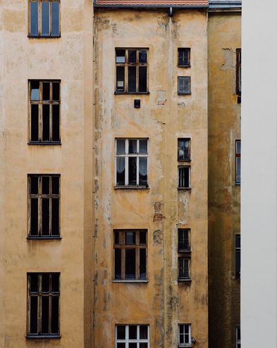 Polina-Shubkina-Prague-Roofs-Photos-021.