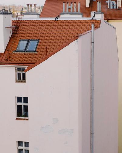 Polina-Shubkina-Prague-Roofs-Photos-018.