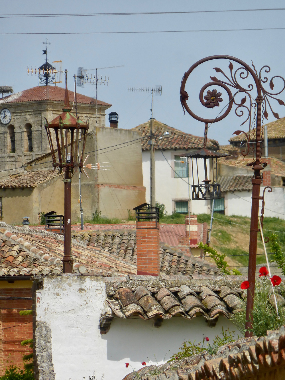 Decorative rooftops on the Camino