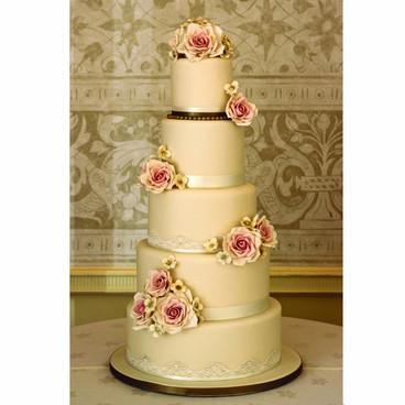 Champagne & gold wedding cake