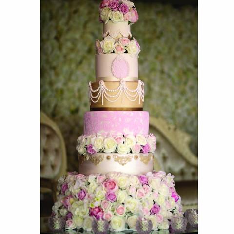 Champagne & blush wedding cake