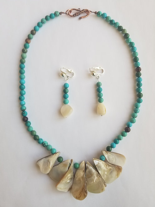 Teria Necklace & Earring Set