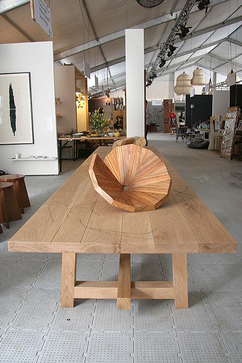 Dada Table