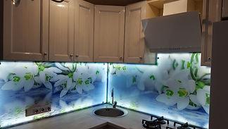Фартук для кухни с подсветкой 19.jpg