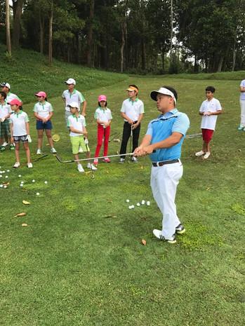 Golf-Lessons-Singapore-001.jpg