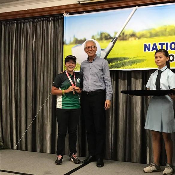 Junior-Golf-Lessons-Singapore.jpg
