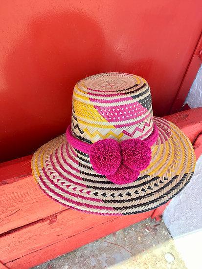 Colombian Wayuu hat | purple Straw | Kalekale | frontal view
