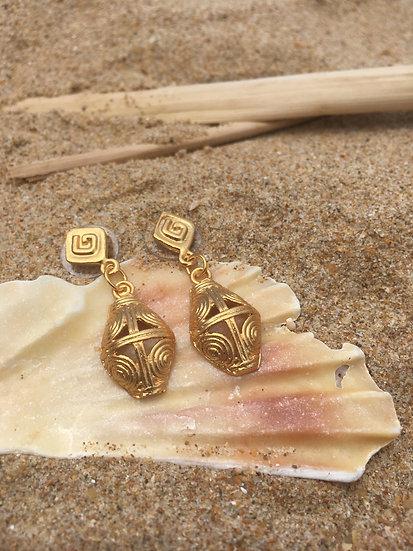 Precolombino indigenous earrings in gold 24 karat bath kale kale