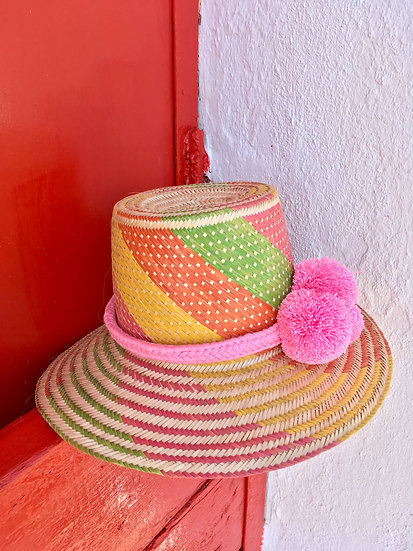Colombian Wayuu summer hat | pink Straw | Kalekale | frontal view
